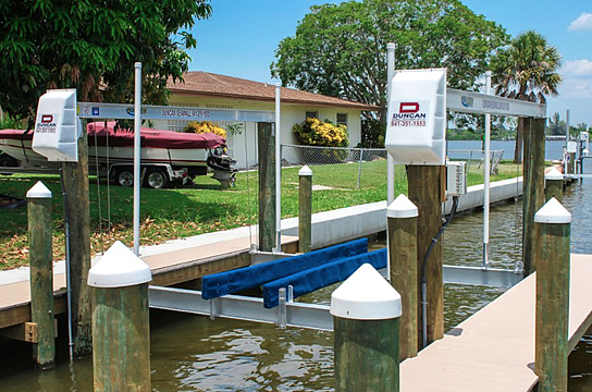 4 post boat lift