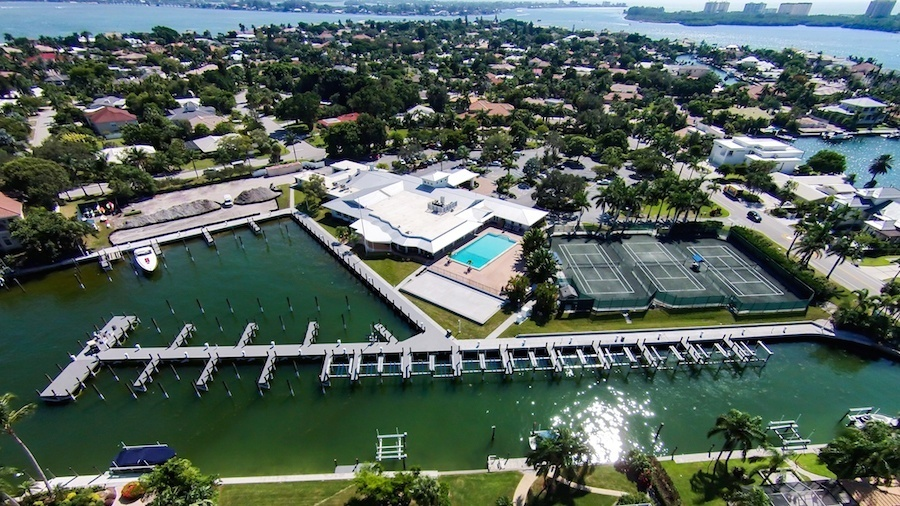 Bird Key Yacht Club in Sarasota Florida