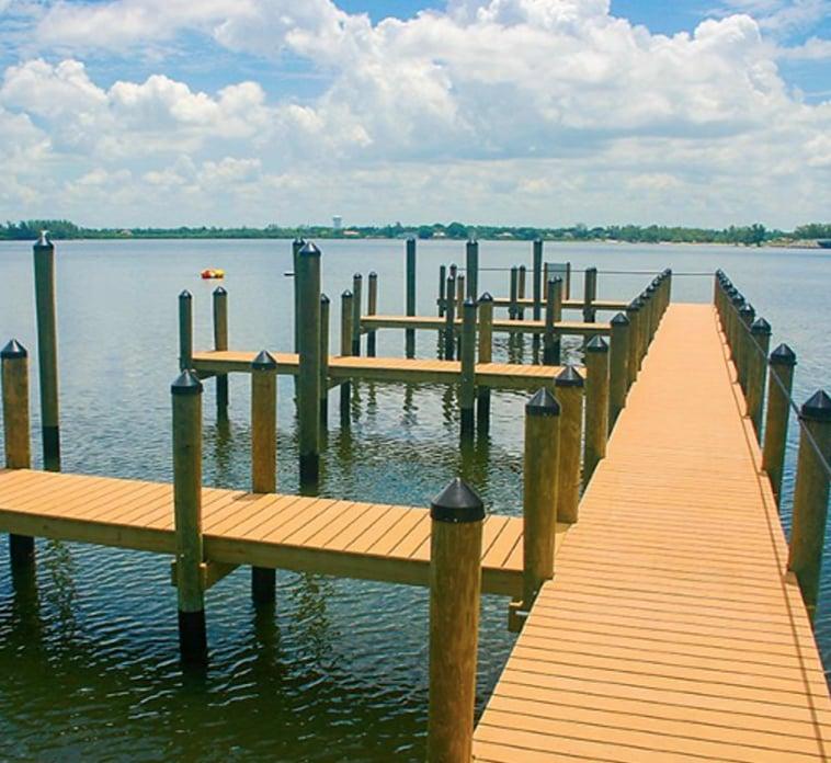 Dock&Deck