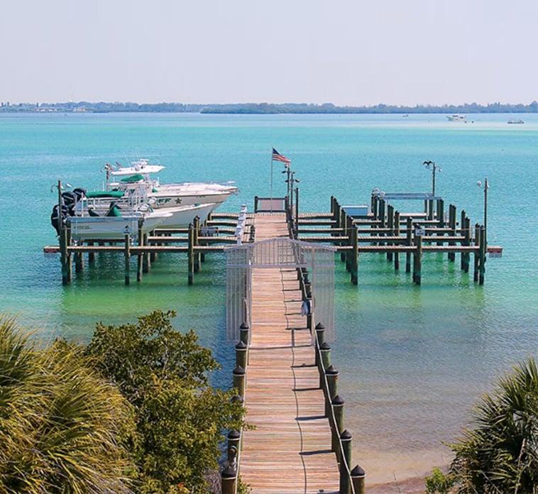 Dock-22416